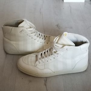 *RARE* WHITE Zara Man High Top basketball sneaker